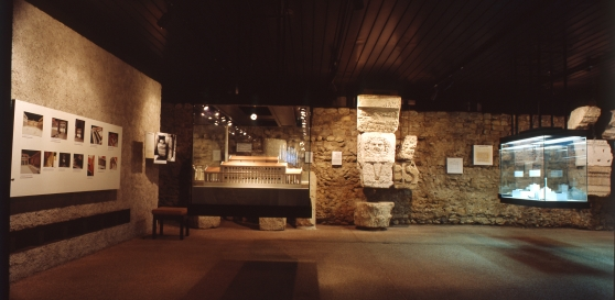 Permanent exhibition of the Museum between 1989 and 1991.© A. Moccia